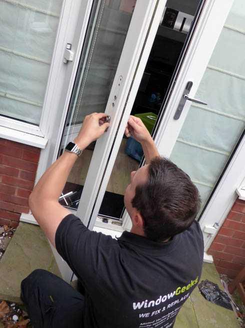 neil-door-handle-lock