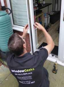 Door repairs runcorn