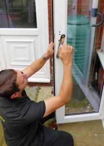 door repair widnes